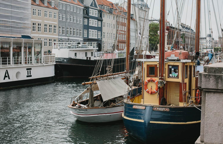 copenhague bateau canal Nyhavn