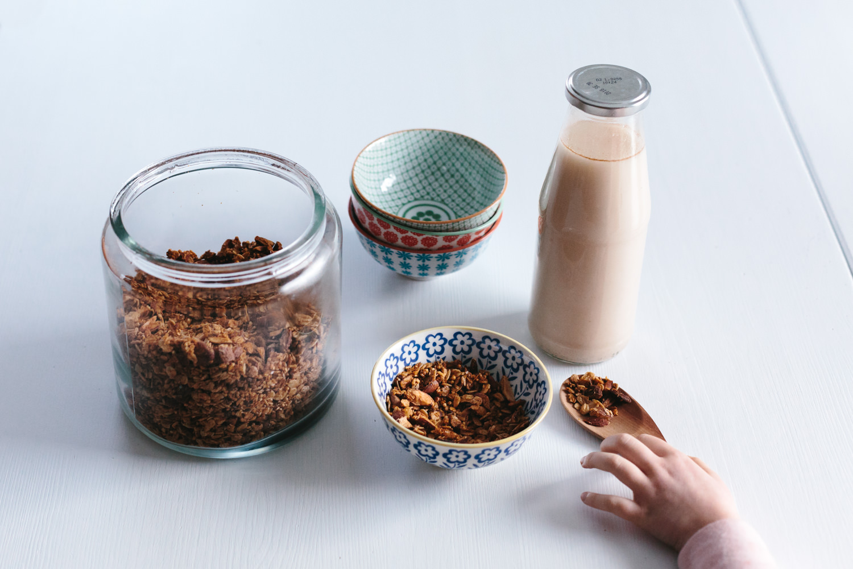 granolas et lait de flocons multigrains atelier camion