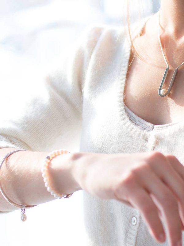 ariane Marois joaillière bijoux artisan photographie atelier camion Estrie
