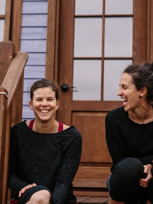 Myriam et Annemarie mini maison mauve le bic portrait atelier camion