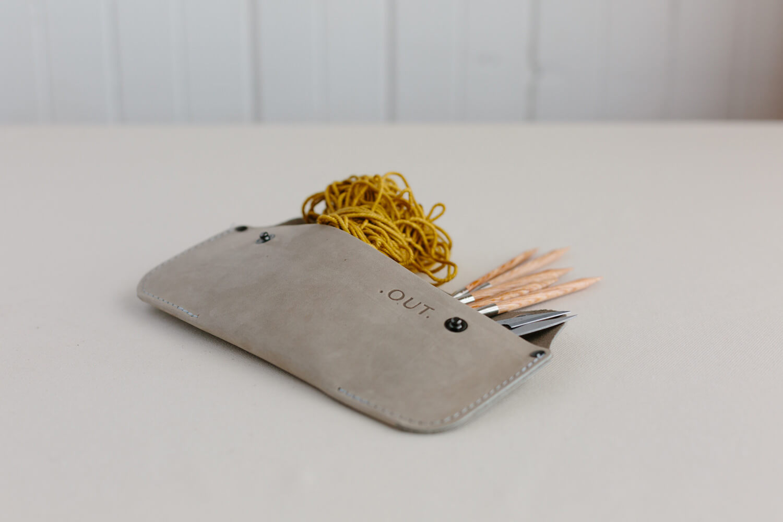 Chantal Poirier out outils et accessoires designer textile Gaspésie st-ulric bas-st-laurent photographe atelier camion